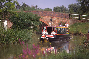 narrowboat hire in England, Wales and Scotland