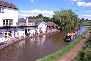 Narrow Boat Hire Wales - Book your Narrow Boat Hire Holiday in